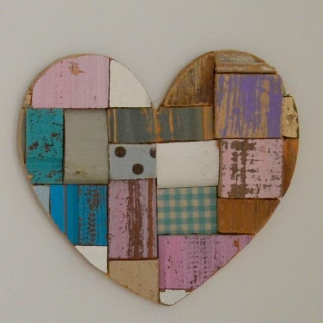 Patchwork wooden heart velvetlilly art wooden craft for Wooden hearts for crafts