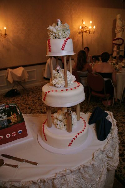 baseball themed wedding cakes