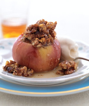 Sweet Baked Apples @Linda Groenendyk i remember when you guys made ...