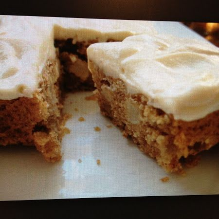 Cake: Apple Spice Cake with Cream Cheese Icing- this calls for a loaf ...