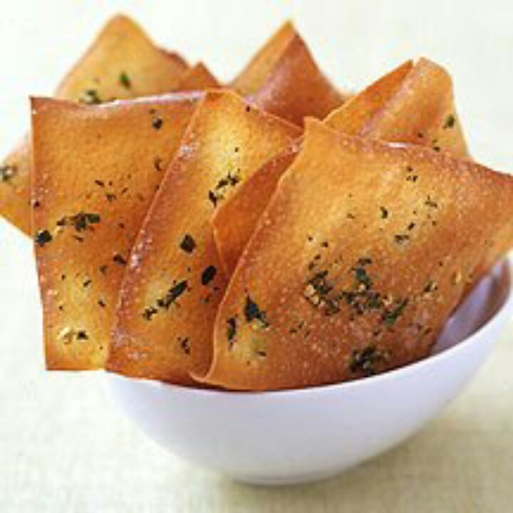 Baked Garlic-Herb Wonton Crisps | Chips,Pitas,Breads etc. | Pinterest