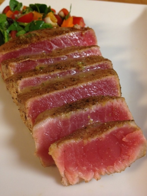 butter sauce seared ahi tuna salad with mizkan ponzu seared tuna ...