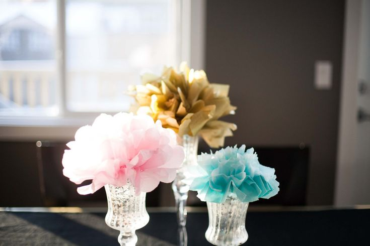 Tissue pom flowers in crystal vases - #partydecor