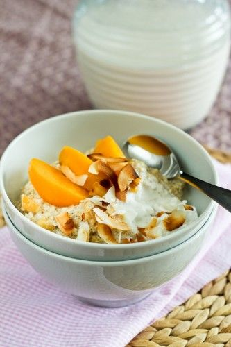 "Creamy Peaches and Coconut Quinoa ""Oatmeal"" - The Healthy Foodie"
