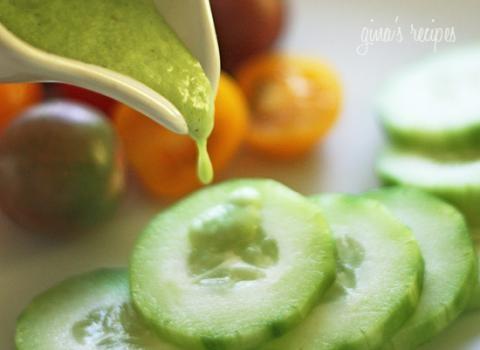 skinny cucumber ranch dressing recipe. refreshing, light and tastes ...