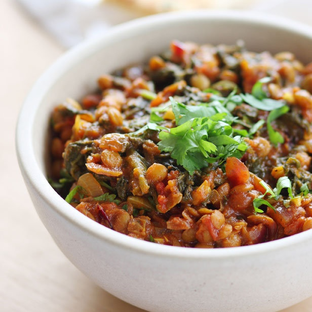 Lentil and spinach curry | Recipe