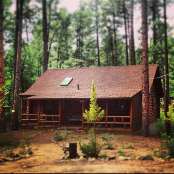 Our cozy log cabin cabins pinterest for Pictures of cozy homes
