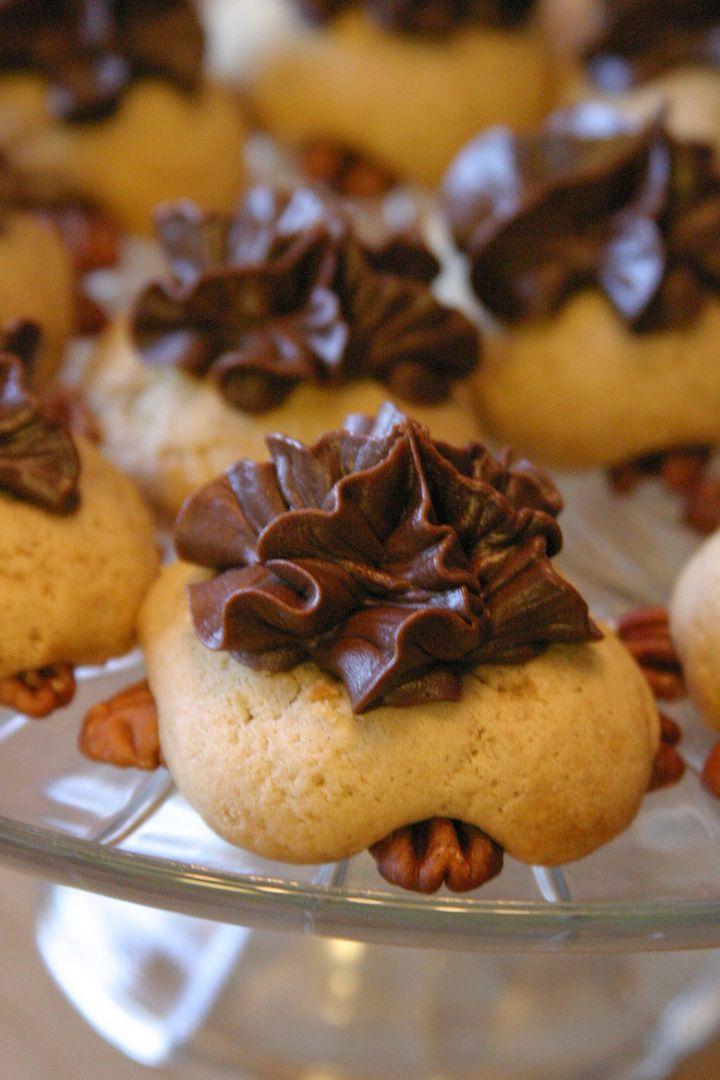 McKenzie's Turtle Cookies   Some Yummy Looking Stuff   Pinterest