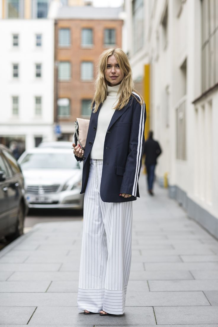 London Fashionweek fw2014, day 4 - outsdie Erdem - pernille teisbaek
