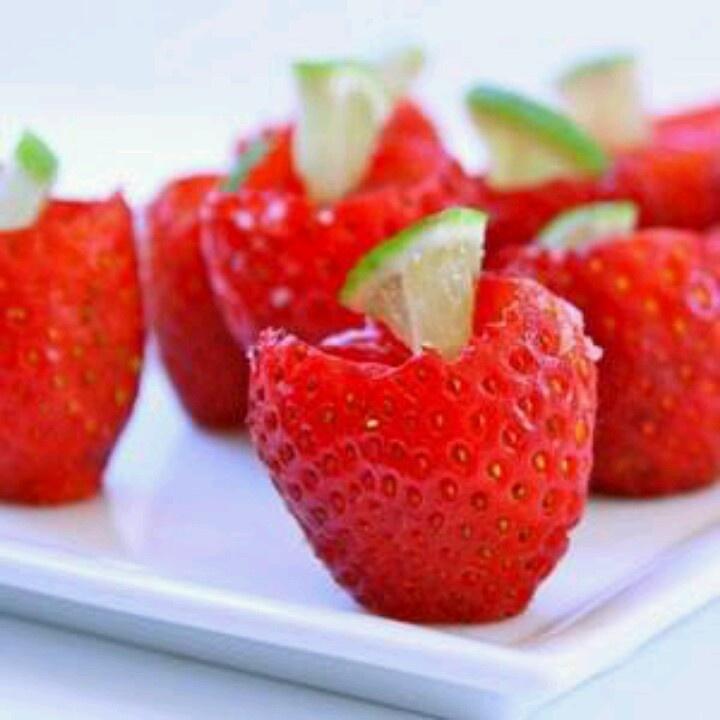 Strawberry Margarita Jello Shooters | Veintiocho Fiesta! | Pinterest