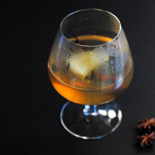 Apple Bourbon Hot Toddy (serves 1) 1 teaspoon honey 5 whole cloves 1 ...