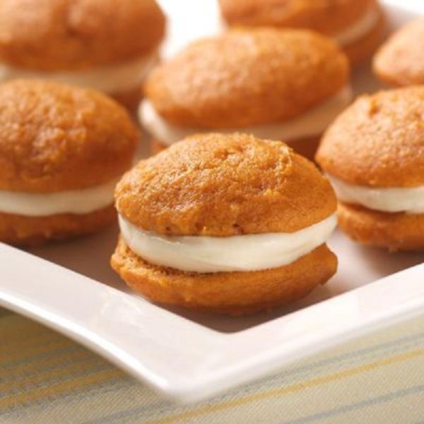 Mini Pumpkin Whoopie Pies Recipe | Desserts | Pinterest