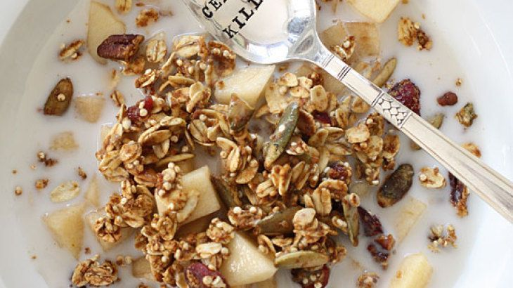 Easy Pumpkin Spice Granola. | My Favorite Dish With Nuts | Pinterest