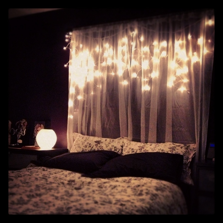 Christmas lights as a headboard ... | For Krystina. | Pinterest