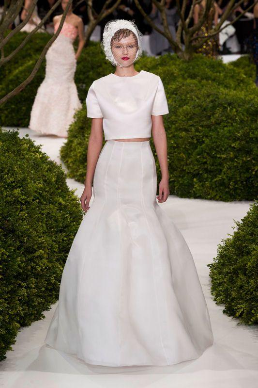 robe de mariée dior 2013 @}-,-;--  White - Dior  Pinterest