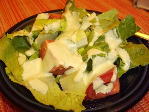 Bibb Salad With Basil Green Goddess Dressing Portuguese (to adapt)