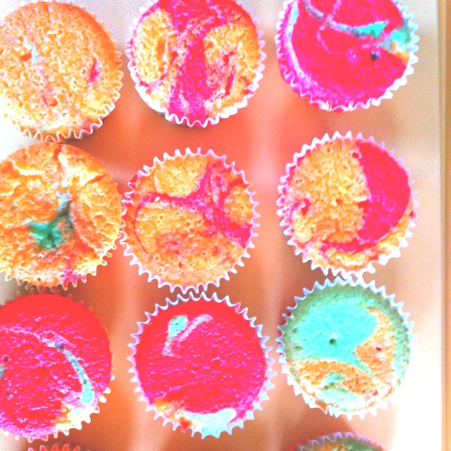 Fruity tie dyed cupcakes | Craft Ideas | Pinterest