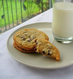 Crisp and Chewy Chocolate Chip Cookies | Bakery | Pinterest