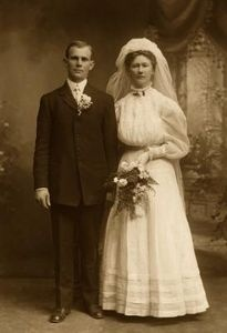 victorian wedding etiquette traditions from