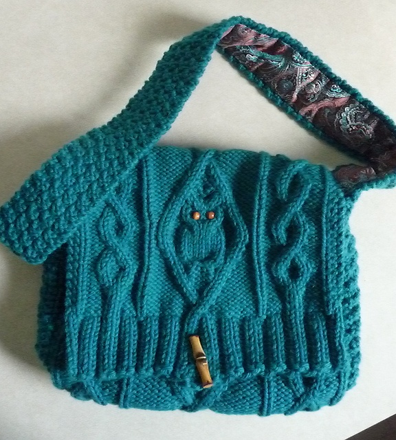 Owl Bag Knitting Pattern : Knitted sweater bag with owl. Cute! Crafts Pinterest