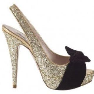 L o v e shoes pinterest for Modelos de zapateros modernos
