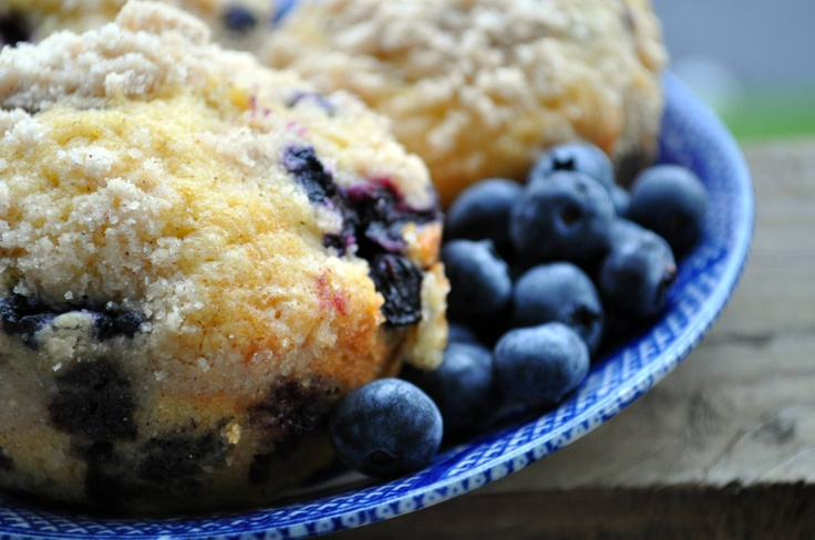Blueberry Crumble Muffins | Yummy Food | Pinterest