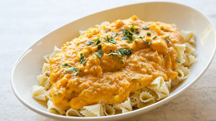 Pasta with Butternut Parmesan Sauce (I omitted the lemon juice and ...
