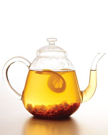 Stand Up to Cancer #2: White and green tea contain EGCG, a plant chemical and antioxidant that may protect cell health. Get our best tea recipes: http://www.wholeliving.com/155627/tea-and-hot-drinks/@center/155850/healthy-breakfasts