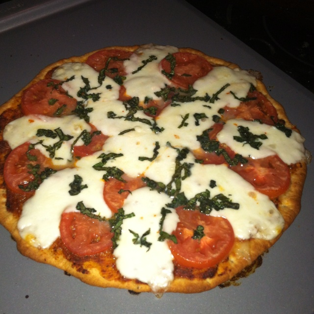 basil pizza fresh tomato and basil pizza food coma fresh tomato basil ...