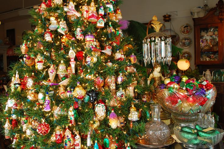 Inge s christmas heirlooms ornaments vintage means quot old but pretty