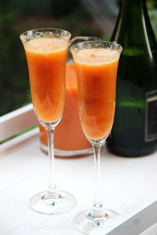 Peach Bellini Cocktail | Recipe
