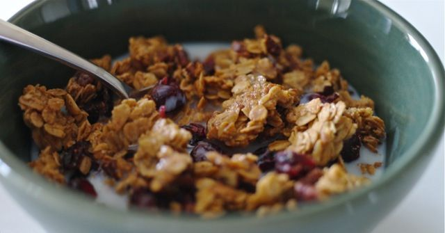 Orange Zest, Cranberry Soft Granola | vegetarian | Pinterest
