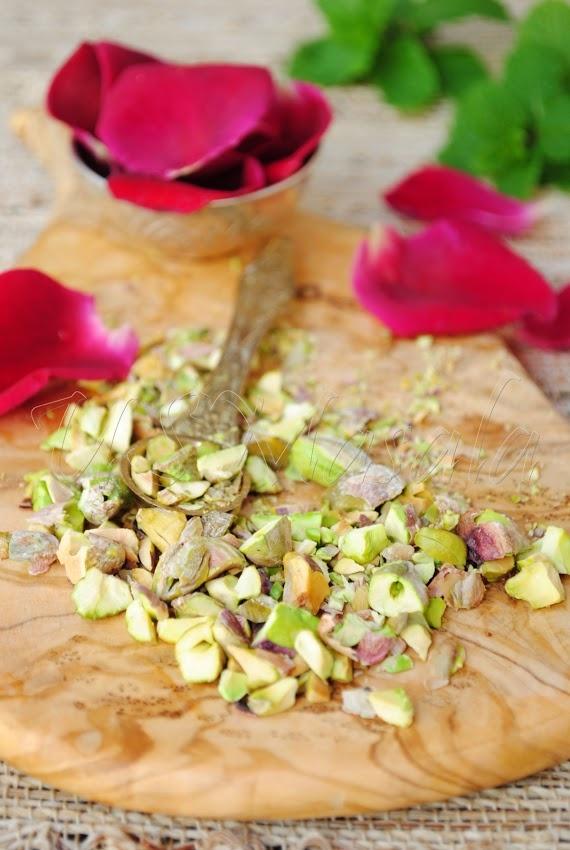 US Masala: Gulkand-Pista Kulfi/Rose petal jam Indian ice-cream