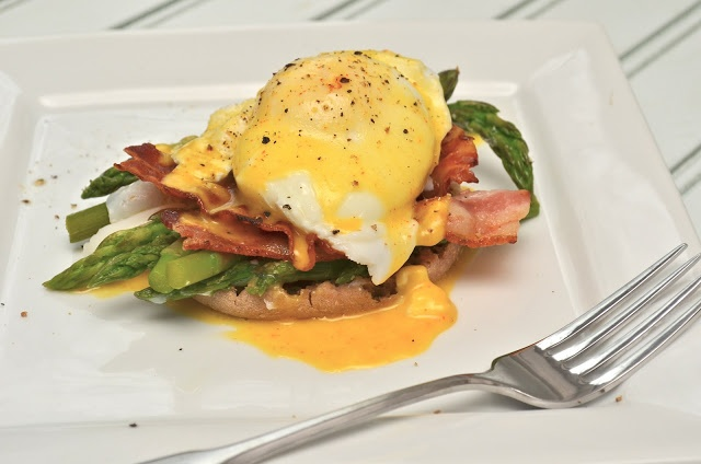 Healthy Jalapeno: Asparagus and Bacon Eggs Benedict and an ...