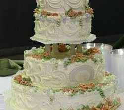 custom wedding cake from apple annie 39 s bake shop in wilmington nc