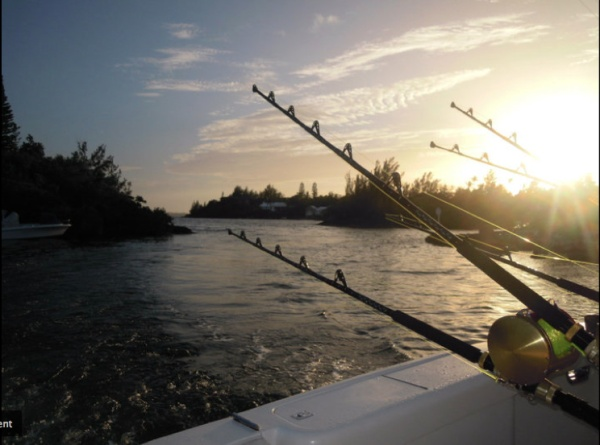 That 39 s me trying to catch a fish which i failed horribly for Fishing in bermuda