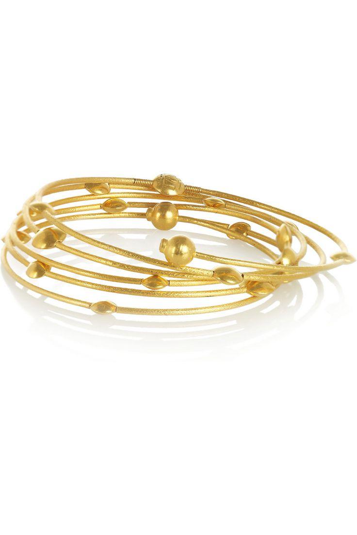 gurhan lentil hammered 24 karat gold diamond spring bracelet. Black Bedroom Furniture Sets. Home Design Ideas
