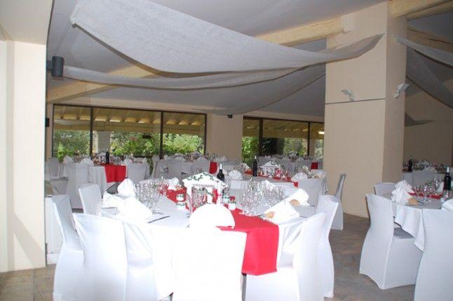 déco salle mariage blanc et rouge  Centre de table  Pinterest