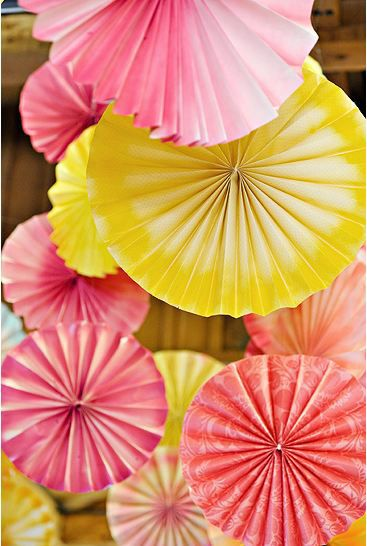 http://blog.fiftyflowers.com/summer-color-palette-pink-and-yellow/