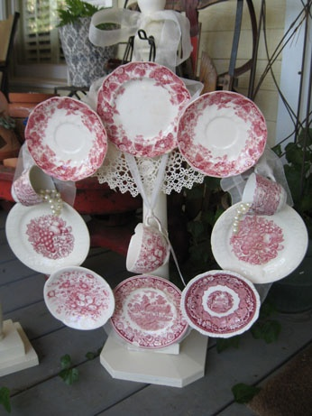 Cups and saucers other holiday crafts pinterest for Craft ideas for old dishes