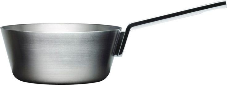 Iittala's beautiful clean cut pan