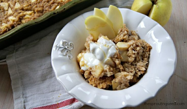 apple pie baked oatmeal--thesproutingseed.com (oatmeal is soaked for ...