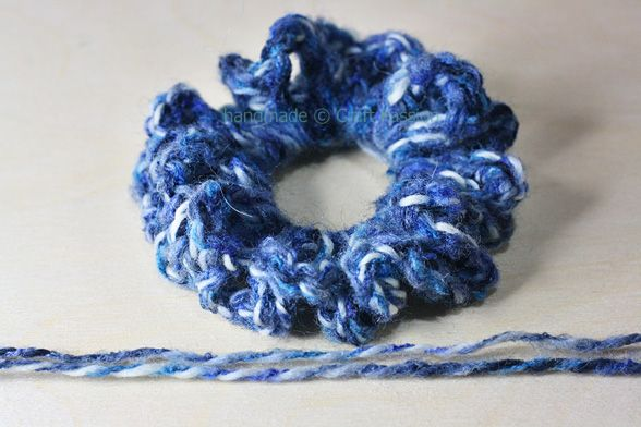 Crochet Hair Bands : SamiKay Shamieh Crochet hairband