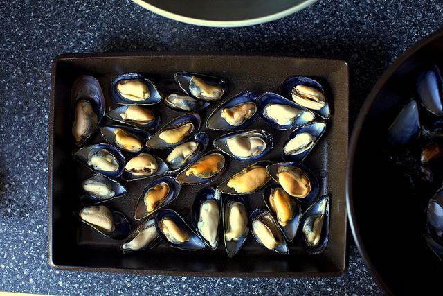 broiled mussels recipe | Food, Glorious Food! | Pinterest