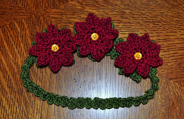 Poinsettia Garland Headband pattern by 5packs Crochet