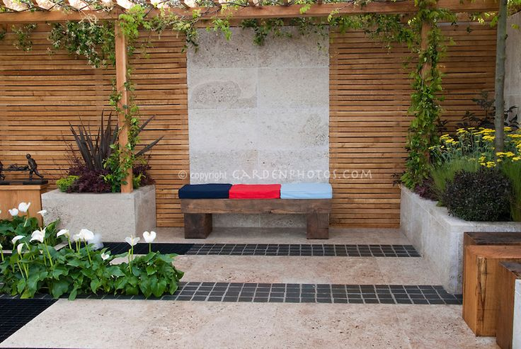 Pin by chai p on trellis pinterest for Wooden privacy walls for patios
