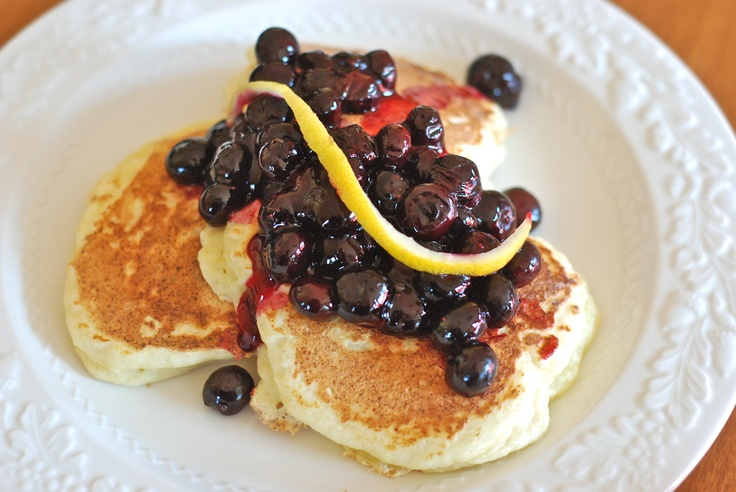 lemon ricotta pancakes with blueberry compote. recipe here: http://www ...