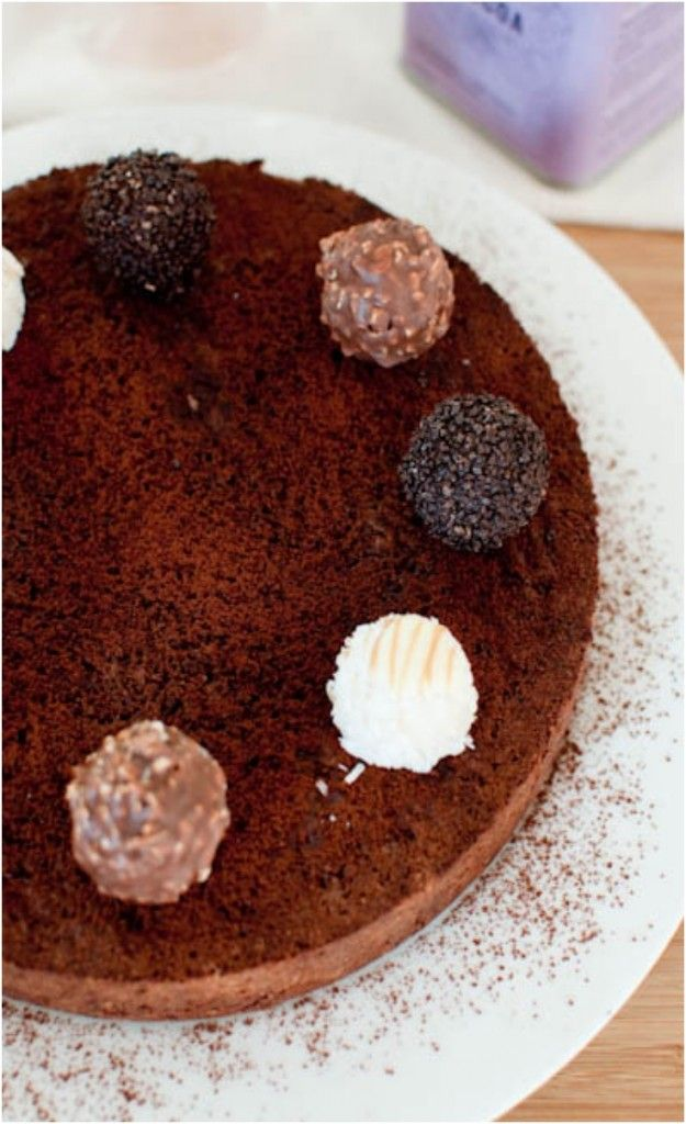 Flourless Chocolate and Hazelnut Chocolate Cake | Food: Cupcakes ...