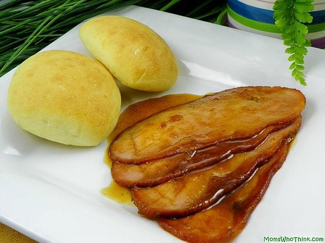 Honey Glazed Ham 1- http://www.momswhothink.com/easy-recipes/honey ...