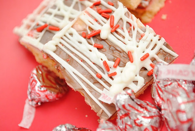 candy cane kiss shortbread cookies